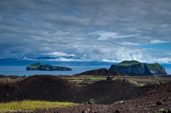 Iceland | Vestmannaeyjar, Elliðaey and Bjarnarey